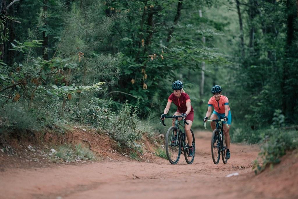 Žensko ciklokros kolo Scott Contessa Gravel